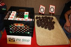 I'm a Cub Scout Mama: Pinewood Derby Ideas! Treats, decor, prizes, and derby cars for cub scouts.