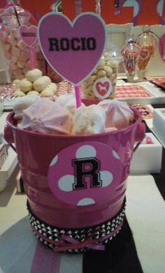 Baldecitos con merengues #victoriasecret #pink #candybar #party #fiesta #15 #cumpleaños #laplata #deosambientaciones