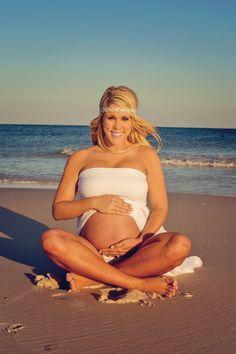 Beach maternity photos! Pensacola Beach, FL. Dellaina's Photography