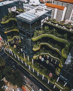 """30 Amazing Green Building Architecture Design Ideas - The latest trend in new home construction is """"green building"""". Most people equate green building with efficient or renewable materials. Architecture Durable, Art Et Architecture, Architecture Magazines, Futuristic Architecture, Sustainable Architecture, Sustainable Design, Amazing Architecture, Singapore Architecture, Natural Architecture"""