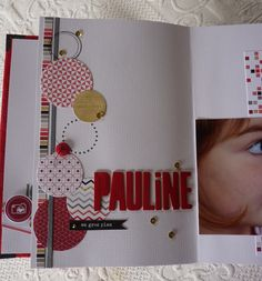 Album sur un Air Chic rouge Album Photo Scrapbooking, Mini Albums Scrapbook, Scrapbook Sketches, Scrapbook Pages, Mini Album Scrap, Handmade Books, Photoshop, Smash Book, My Stamp
