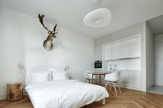 Studio Apartment by Blackhaus Karol Ciepliñski Architekt | Krakow, Poland