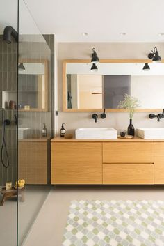 Bathroom remodel tips: This allows your child to participate in in clean up efforts and organize toys in such a way that suites them. It will also help keep the room clean that it is a more pleasant place to remain. Patio Interior, Interior Exterior, Interior Design, Bathroom Inspiration, Interior Inspiration, Renovation D, Wood Vanity, Bathroom Renovations, Amazing Bathrooms