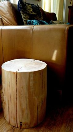 Natural Log Side Table / Stool