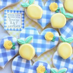 Royal Icing Sugar, Royal Icing Cookies, Cake Cookies, Easter Arts And Crafts, Cookie Recipes, Cookie Ideas, Summer Cookies, Cookie Decorating, Decorating Ideas