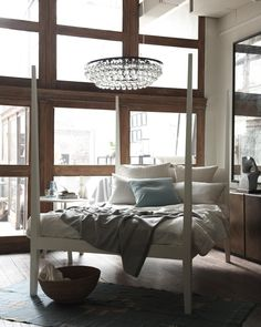 4 Post Bed: American-Made, Sustainable 4 Post Bed | Canvas Home