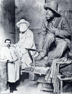 Anton Van Wouw With Twee Hoekfigure in Rome Modern Sculpture, Sculpture Art, Anton Van, South African Art, African Sculptures, Folk Music, African History, Art Studios, Artist At Work