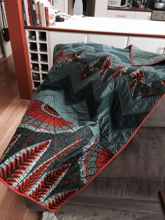 African wax print quilt handmade by @Crossed Yarns  #waxprint