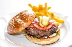 Jedlo Bratislava, Hamburger, Steak, Ethnic Recipes, Food, Essen, Steaks, Burgers, Meals