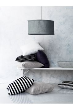decoratie - interieur - strepen - pendant lampshade - stripes - cushions