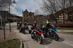 http://www.totalmotorcycle.com/motorcycles/2014models/2014-BMW-R1200GS2.jpg