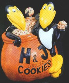 """WANTED: Star Jar Gallery Collection by Treasure Craft """"Heckle and Jeckle"""""""