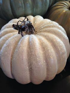 Locksley Lane: Chalk Painted Pumpkins