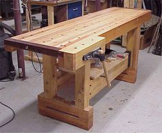 10 Refreshing Clever Tips: Woodworking Projects Bathroom woodworking videos tips.Wood Working For Beginners Design. Industrial Workbench, Woodworking Workbench, Woodworking Workshop, Woodworking Videos, Woodworking Projects Plans, Workbench Designs, Woodworking Basics, Design Café, House Design