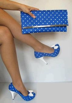 Blue shoes and clutch with white polka dots - fun! Love the polka dots! Blue High Heels, Sexy High Heels, Blue Shoes, Blue Flats, White Shoes, Pretty Shoes, Beautiful Shoes, Crazy Shoes, Me Too Shoes