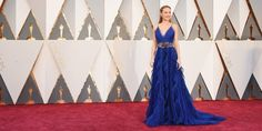 EkpoEsito.Com : Brie Larson arrives for Oscars 2016 red carpet