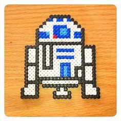 R2D2 Star Wars hama perler beads by glechene