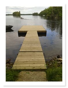 Cottage Docks Ontario, Floating Docks, Boat Lifts and Docking Systems. - Classic Wooden Docks