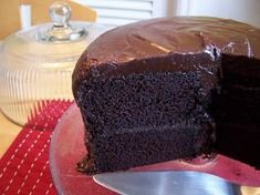 AMAZING buttermilk chocolate cake. When I can eat chocolate again I am soo all over this!