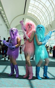 Fantasias de cosplay da Comic-Con 2015: Chewbacca Angels.