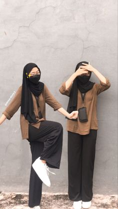 Casual Hijab Outfit, Ootd Hijab, Girl Hijab, Casual Outfits, Hijab Fashion, Fashion Outfits, Girly Images, Instagram Girls, Teenager Outfits