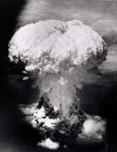 """History - Imgur -   Nagasaki nuclear blast August 9, 1945. """"Fat Man"""" was a much bigger, more destructive, plutonium core bomb than was the """"Little Boy"""" bomb used a few days earlier at Hiroshima (Aug 6 1945)."""