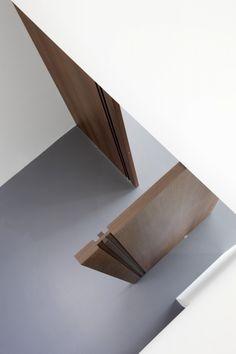 Wooden FritsJurgens PivotDoors. Created by the Dutch door specialist Bod'or. #invisiblehinges #pivotdoors