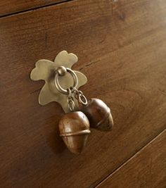 artisan oak draw handles
