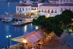 spetses Island, Greece at sunset. This is an amazing little island in the Saronic Gulf of Greece. Battle Of Salamis, Corinth Canal, Town Names, Greek History, Little Island, Sandy Beaches, Archipelago, Athens, The Locals