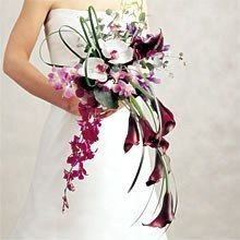 Cascading bouquet of callas and orchids. The colors don't quite fit our palette, but the design is fantastic. Cascading Wedding Bouquets, Cascade Bouquet, Bride Bouquets, Flower Bouquet Wedding, Floral Bouquets, Whimsical Wedding Flowers, White Wedding Flowers, Bridal Flowers, Floral Wedding