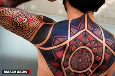 If you wanna peak at the COOLEST, CRAZIEST, and SEXIEST tattoos of 2014, then look no further!