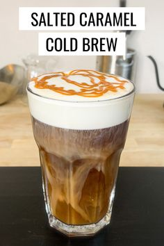 Want a salted caramel cold brew recipe? Easy to make, amazing to drink. Cold coffee topped with caramel foam with a splash of salt. Comida Do Starbucks, Starbucks Caramel, Starbucks Recipes, Salted Caramel Coffee Recipe, Iced Caramel Coffee, Starbucks Food, Mocha Coffee, Diy Cold Brew Coffee, Cold Brew Coffee Recipe Starbucks