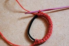 Love this idea... why hadn't I thought of it!? #crochet #hairbands #style