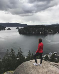"""The right pair of shoes can take you anywhere,"" - My Mother ✌�� • • • • • • #sonya6000 #explorebc #explore #hike #hiking #outdoors #vancouver #vancity #van #nike #nikeshoes #lululemon #fit #fitspo #fitness #fitnessmotivation #follow #like #health #healthylife #cleaneating #squats #bbg #bbgcommunity #bootyfordays #view #westcoast #photooftheday #photography http://tipsrazzi.com/ipost/1508434362520507509/?code=BTvCQ-JBxR1"