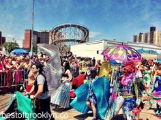 Million Things We Love About Brooklyn | Mermaid Parade 2014!!