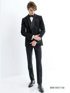Alexander Ferrario Ayumi Bridal Tux via Excellent Male Model Male Models Poses, Male Poses, Beautiful Boys, Pretty Boys, Alexander Ferrario, Fashion Moda, Mens Fashion, Male Pose Reference, Mode Man