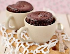Quick and easy recipe for individual microwave Gooey Chocolate Mug Cake which serves two. Rich, gooey individual chocolate cakes right out of the microwave in minutes. A delicious Midnight snack. Cake Au Nutella, Tasty Chocolate Cake, Flourless Chocolate Cakes, Chocolate Mug Cakes, Chocolate Brownies, Chocolate Desserts, Chocolate Coffee, Chocolate Lovers, Lemon Brownies