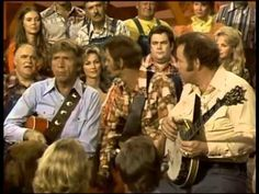 Jerry Reed, Buck Owens & Roy Clark - Pickin' and Grinnin' Hee Haw Show, Roy Clark, Jerry Reed, Buck Owens, 70s Tv Shows, Legendary Singers, Celtic Thunder, Show Video, Comedy Tv