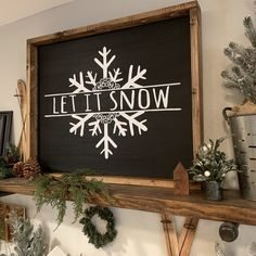 christmas signs Let It Snow - weihnachten Christmas Wood, Christmas Balls, Christmas Holidays, Christmas Decorations, Christmas Ornaments, Christmas Chalkboard Art, Merry Christmas Sign, Christmas Canvas, Handmade Decorations
