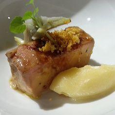 Mid-cuit de foie con helado de maiz Foodies, Steak, Barcelona, Instagram Posts, Gastronomia, Ice Cream, Steaks, Barcelona Spain