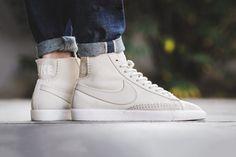 """Nike Drops a Minimalist Blazer Mid Premium In """"Birch"""" Sneaker Head, Trending Shoes, Sneakers Nike, Nike, Casual Shoes, Boots Men, Blazer Mid, Sneaker Closet, Shoe Boots"""