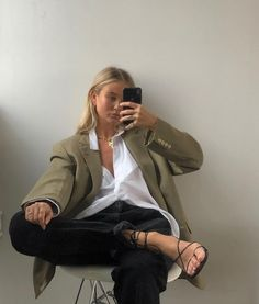 trendy ideas for style inspiration classic dress Look Fashion, Daily Fashion, Trendy Fashion, Fashion Outfits, Autumn Fashion, Trendy Style, Nina Suess, Look Office, Outfit Look