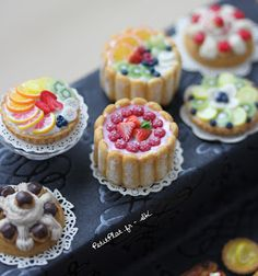 Cant wait for my book to arrive from Stephanie!!! PetitPlat Handmade Miniature Food: Pâtisserie Haute En Couleur