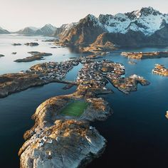 New strategy: distract the visiting team with views like this. Well played, Lofoten Islands. Photo by @rishad #stayandwander