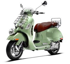Vespa GTV 300 ie  Oh my how cool is this Vespa!!    Cayucos here we come :)