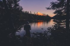 Sunset at lost lake Oregon  #landscape #oregon #pacificnorthwest #photographersoninstagram #lostlake #sunset #sky #mountain #mounthood #forest #trees #lake #water #summer #spring #nature #outdoor #outdoors #travel #explore #adventure #hiking #hike #wanderlust #camp #camping #campvibes #vsco #brianstowell #wanderlust by unknownymoust