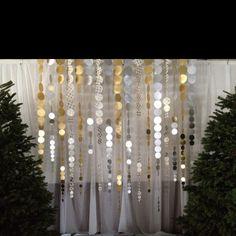 New Years Eve photo background. Sparkled when lit up! An adaption of the Martha Stewart version! @Trisha Lansac