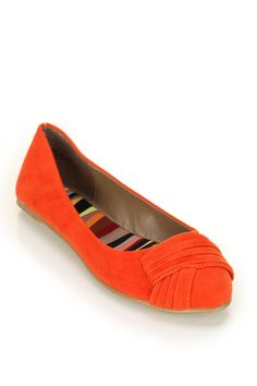Bamboo Jump-29 Pleated Front Pointy Ballet Flat In Orange