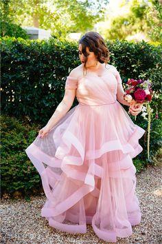 Bride portrait. Pink Wedding Dress. Wedding Photos Ideas.  Wedding at Somerbosch, Stellenbosch.  Cape Town Wedding Photographer.