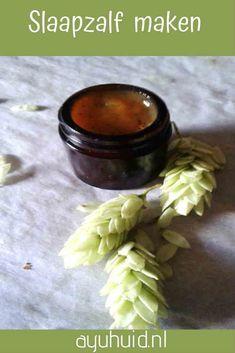 Hops make an ointment - schoonmaakmiddellen - Soap Healing Herbs, Natural Healing, Asian Kitchen, Beauty Recipe, Natural Medicine, Other Recipes, Health Remedies, Diy Beauty, Herbalism